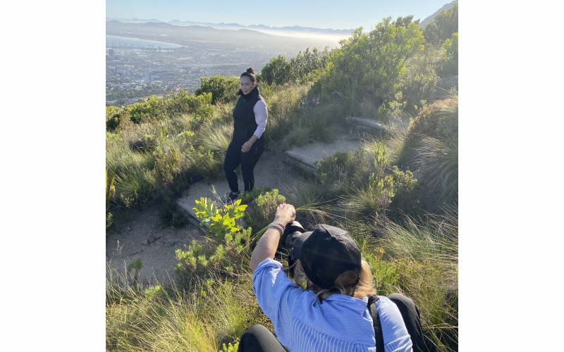 Over-the-shoulder shot of Jessica Zumpfe shooting catalogue in Cape Town